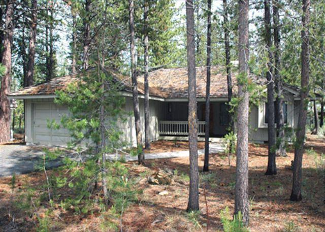 Front View - Family Fun Sunriver Home with Large Deck and Hot Tub Near the Village - Sunriver - rentals