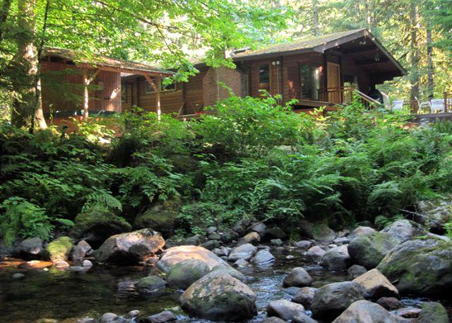 Moondance Cabin from Clear Creek. - Moondance Cabin - Romantic Christmas Retreat, Secluded, Fireplace, Hot Tub - Zigzag - rentals