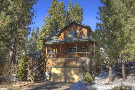 Executive retreat 3 BR home w/ mountain view - HCH0808 - Image 1 - South Lake Tahoe - rentals