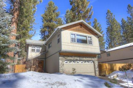 Recently remodeled Tahoe vacation home - HCH0809 - Image 1 - South Lake Tahoe - rentals