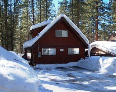 Affordable family home, 5miles to casino & skiing - CYH1050 - Image 1 - South Lake Tahoe - rentals