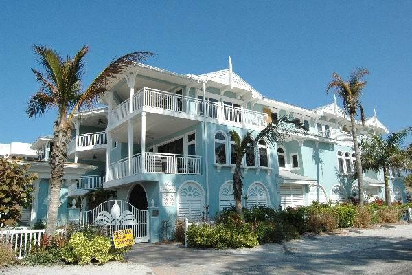 Palm Gables 110 - Image 1 - Holmes Beach - rentals