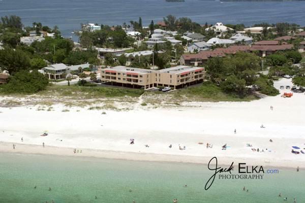 Gulf Sands 201 - Image 1 - Holmes Beach - rentals