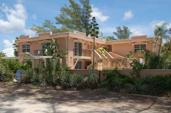 Alamanda Villas 5 - Image 1 - Holmes Beach - rentals