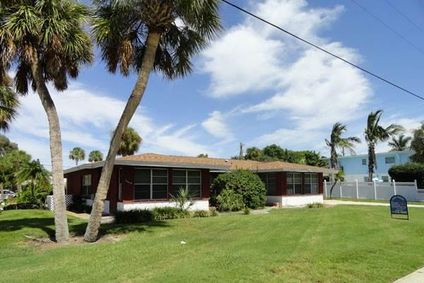 Bollinger Duplex, A - Image 1 - Holmes Beach - rentals