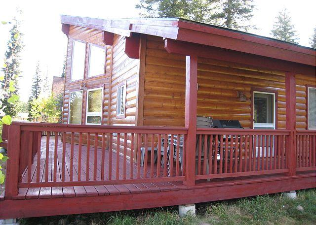 Bellflower Pines- Welcoming log style home with amenities. - Image 1 - McCall - rentals