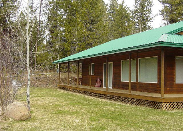 Peaceful mountain-style home with large yard. - Image 1 - McCall - rentals
