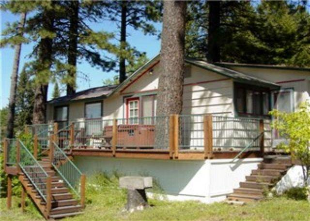 View - Cabin Style Home with Private Hot tub, Walk to Town and the Lake. - McCall - rentals