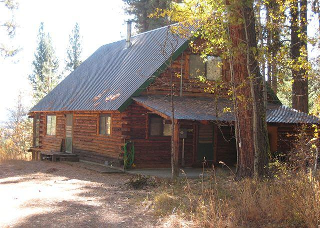 Front of home - Log Cabin in a Wooded Setting with Beautiful Meadow Views - McCall - rentals
