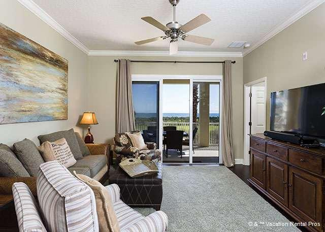 "Relax in our plush living room with HDTV and ocean views - 623 Cinnamon Beach, Ocean Front, 50"" LED HDTV, Blue Ray, Wifi - Palm Coast - rentals"