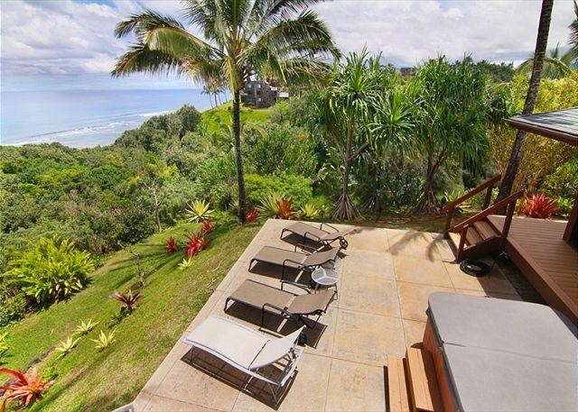 Island home situated on the Ocean Bluff with breathtaking ocean views - Image 1 - Princeville - rentals