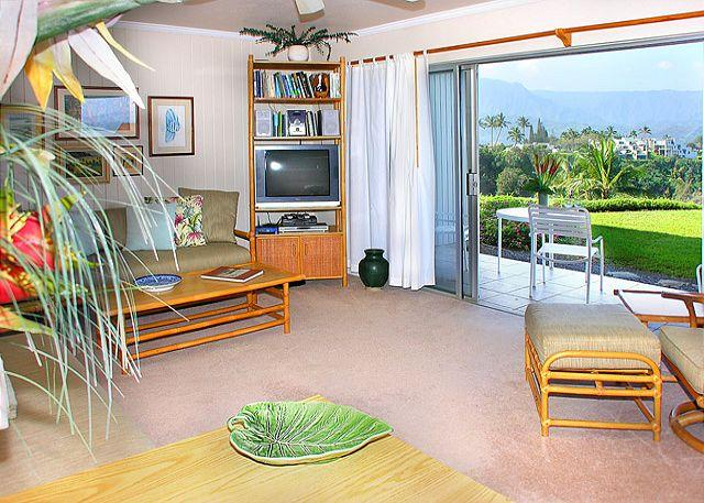 Pali Ke Kua #118: Kick back, relax! Whale watch or catch a georgous sunset! - Image 1 - Princeville - rentals