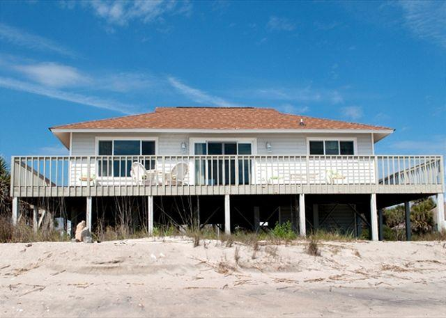 Corrigan - Perfectly Sized Beach Front Home - Image 1 - Edisto Island - rentals
