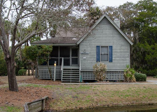Best Place - 2BR+Loft Home With Resort Amenities & Screened Porch - Image 1 - Edisto Island - rentals