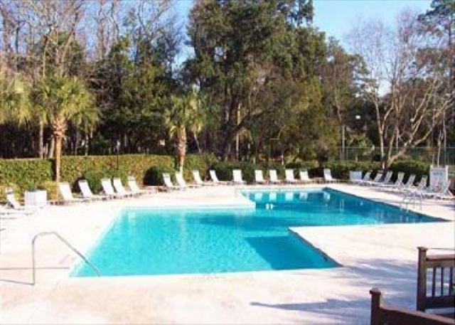 Pool at Evian - Evian 288, 3 Bedrooms, Sleeps 8, Golf & Lagoon View - Hilton Head - rentals