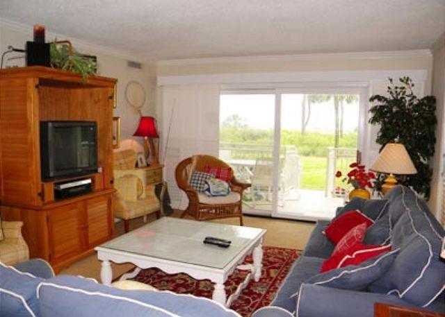 Living Area - Shorewood 107, 3 Bedrooms, Ocean View, Pool, Spa, Sleeps 8 - Hilton Head - rentals