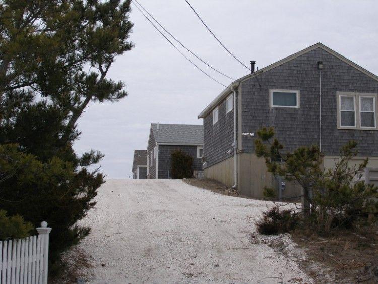 Driveway to 173 North Shore Blvd. - 173C North Shore Blvd - East Sandwich - rentals