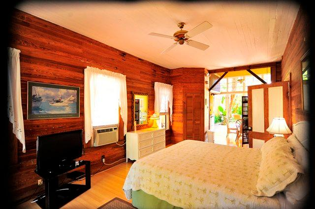 King Bed - Rose Cottage - Key West - rentals
