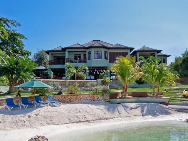 BEACHFRONT! TENNIS! KAYAKS! Makana, Discovery Bay - Image 1 - Discovery Bay - rentals