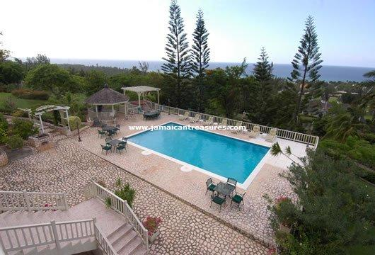 BEACH ACCESS! FAMILY! STAFF! POOL! Thomas House - Image 1 - Rose Hall - rentals