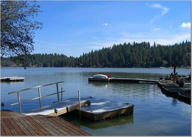 Private Dock on Lake - Superb lakefront home-Awesome location-A perfect retreat. - Groveland - rentals