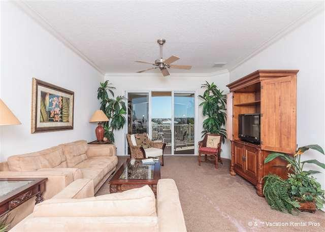 Our bright, sunny and beautiful living - 1142 Cinnamon Beach, 3 King Beds, Lake Views, Wifi, 2 Pools - Palm Coast - rentals