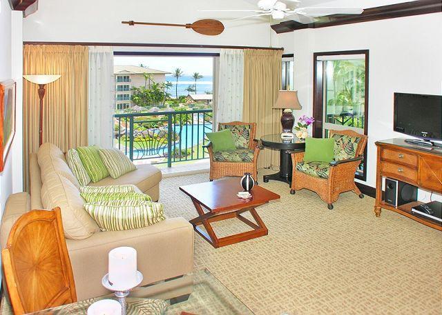 Waipouli  #E-406: Penthouse Ocean view 1bdr/2bath Suite - Image 1 - Kapaa - rentals