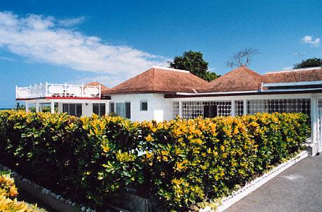 Pineapple Villa - Silver Sands 7 Bedrooms - Image 1 - Silver Sands - rentals