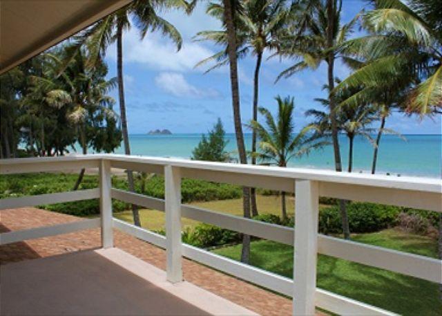 wraparound balcony has mountain and ocean views... - Spacious & light,art filled home with hot tub on spectacular Waimanalo beach - Waimanalo - rentals