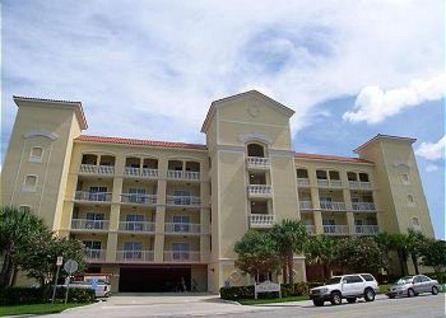 Bay Harbor Exterior - Bay Harbor 401 - 4th floor corner condo with free WiFi & bayfront pool! - Clearwater - rentals
