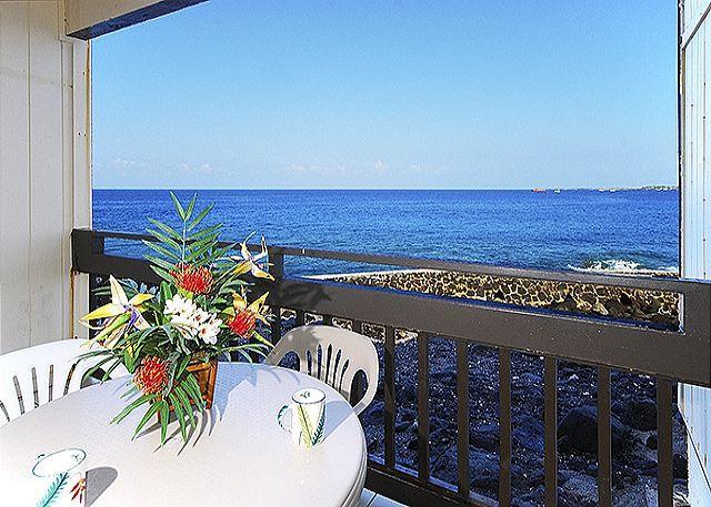 Oceanfront 2 bedroom ground floor condo with amazing views - Image 1 - Kailua-Kona - rentals