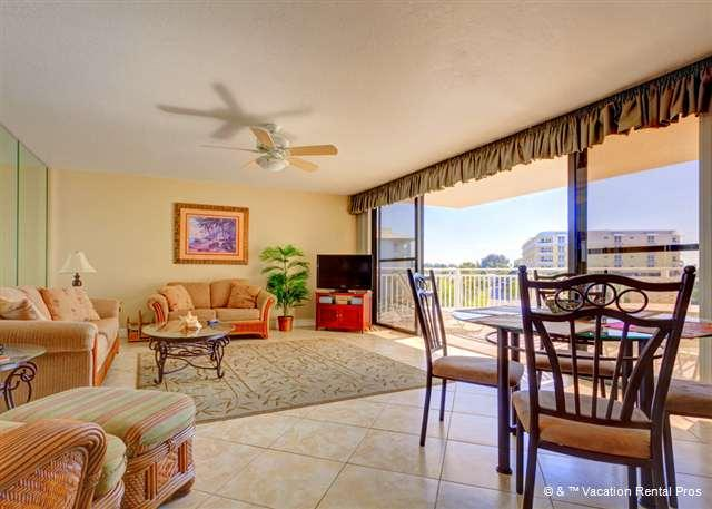 Enjoy lovely Gulf views from our living room! - House of Sun 307 Siesta Key, Large Heated Pool, Gulf View, Wifi - Siesta Key - rentals