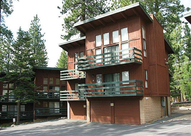 Tahoe, Concept Sierra 13 exterior - 2BR/2BA Condo across from Heavenly's California Lodge - walk to the lifts! - South Lake Tahoe - rentals