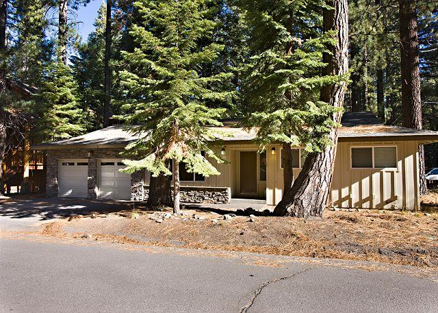 Exterior - Pleasant one story house, pet friendly and conveniently located! - South Lake Tahoe - rentals