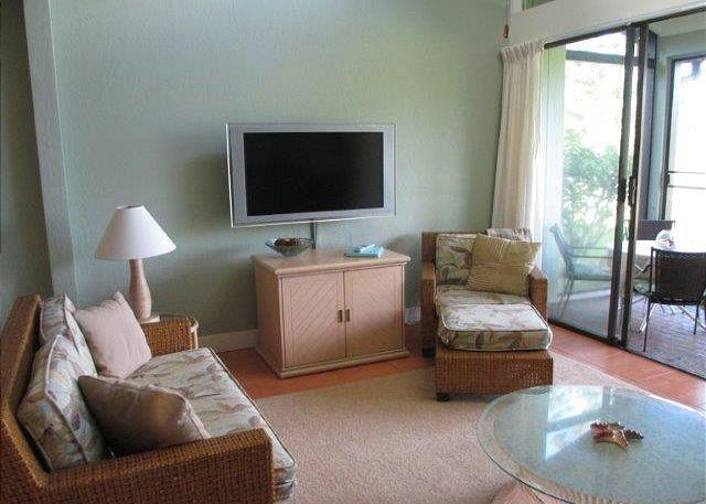 Living Room - Turtle Bay 012 West *** Available for 30 night rentals - please call. - Kahuku - rentals