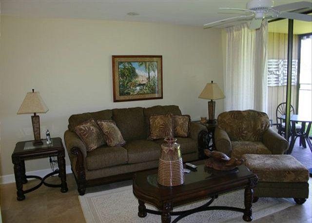 Living Room - Turtle Bay 061 West *** Available for 30 day rentals, please call. - Kahuku - rentals