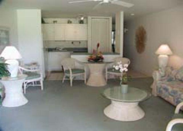 Livingroom/Kitchen - Turtle Bay 114 West * Available for 30 day rental - Kahuku - rentals
