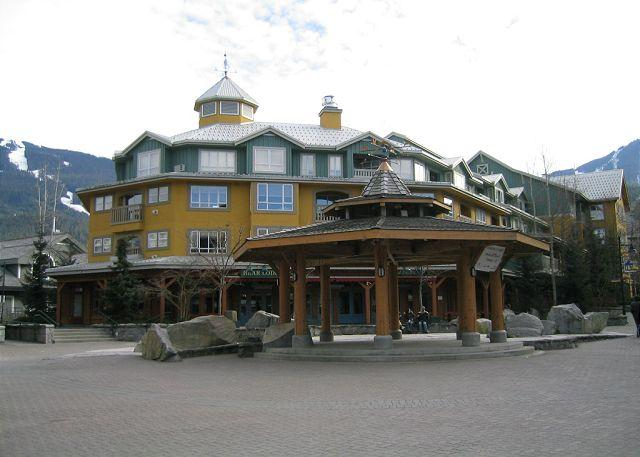 1 bdm condo, prime village location, free internet, AC, hot tub available. - Image 1 - Whistler - rentals