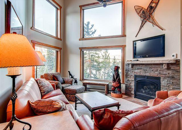 Powderhorn Living Room Breckenridge Ski-in/Ski-Out Condo Rentals - Powderhorn Penthouse Ski-in/Ski-out Condo Breckenridge Lodging - World - rentals
