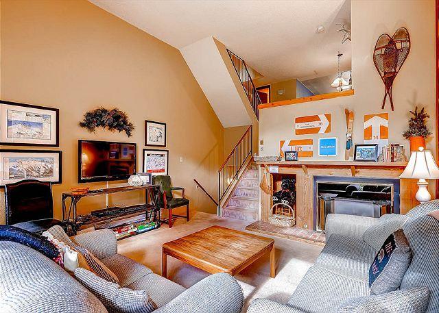 Winterpoint Living Room Breckenridge Lodging - Winterpoint 21 Ski-in Townhome Downtown Breckenridge Lodging - World - rentals