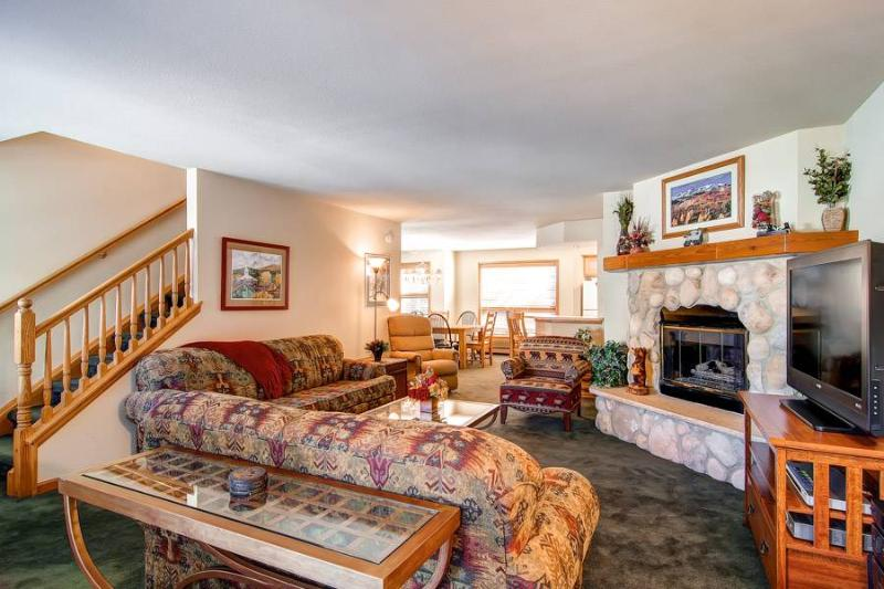Pine Creek L - Walk to Lifts/Walk to Town - Image 1 - Breckenridge - rentals