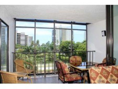 Sunset Views from Comfortable Balcony - Grandview 409 - 2br steps to beach - Marco Island - rentals