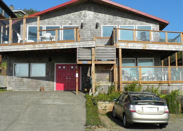 Exterior - SALISH  ~ MCA# 685AB-GF ~ Cozy oceanfront home! Amazing Ocean views! - Manzanita - rentals