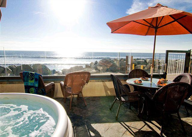 Beach Vacation Rental Oceanside - 4br/4ba Beautiful Oceanfront Condo, Patio, Spa, BBQ, P118-2 - Oceanside - rentals
