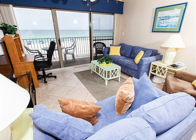 Living Room - ETW2005:ENVISION THE IDEAL GETAWAY IN THIS SPLENDID 3BR/3BA BEACH FRONT CONDO - Fort Walton Beach - rentals