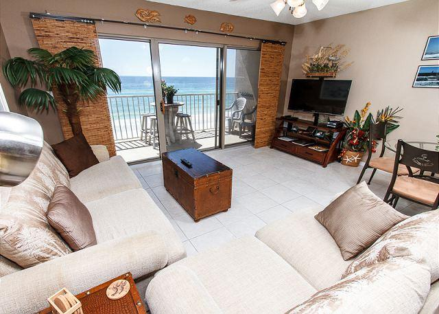 Kick back and relax in this AMAZING 1BR/1BA 4th floor unit. With - ETW 4003: UPGRADED beachfront condo- full kitchen,WiFi,balcony,FREE BEACH SVC - Fort Walton Beach - rentals
