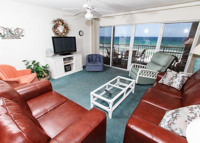 "Living Room - #5010:20% OFF LATE MARCH, LATE APRIL and EARLY MAY!CALL WITH CODE ""SUNSHINE"" - Fort Walton Beach - rentals"
