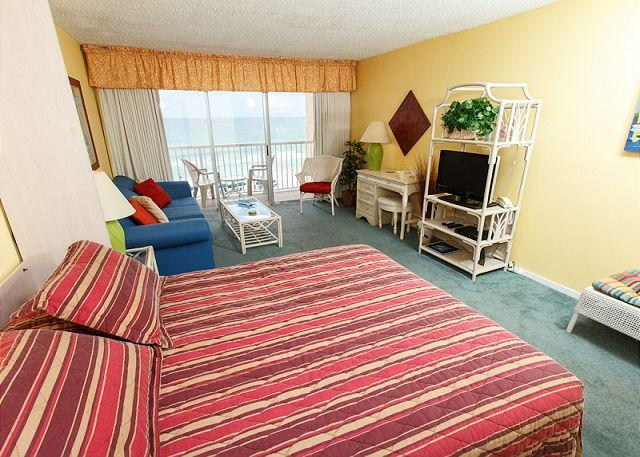 Studio - Condo #503:Well appointed gulf front condo- balcony, kitchen, pool, WiFi - Fort Walton Beach - rentals
