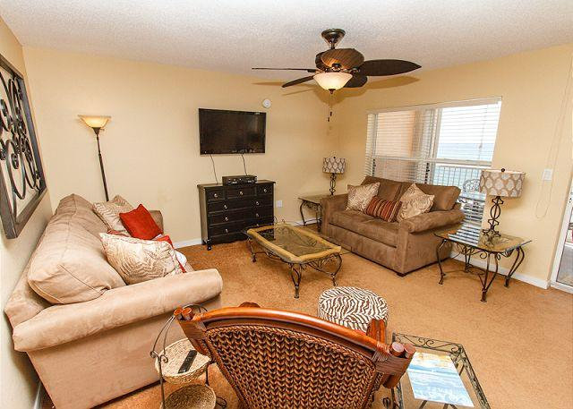 Living Room - Condo #6005: UPDATED in MAY2013, Beach Front, FREE WIFI, FREE Beach Chairs - Fort Walton Beach - rentals