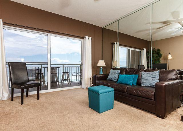 Added during the November 2011 update, the new leather sofa pull - PI 610:Relaxing top floor condo-pool, panoramic view,Free Beach Service - Fort Walton Beach - rentals